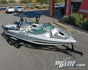 New Sanger V215 S Ski and Wakeboard Boat For Sale