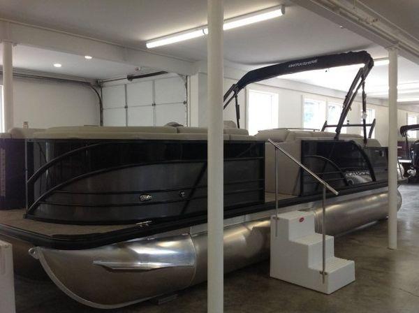 New Berkshire 23SB2 STS Pontoon Boat For Sale