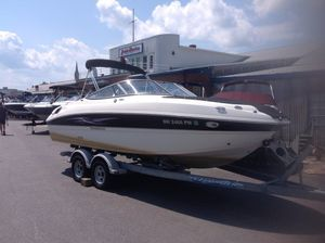 Used Stingray 215LR Sports Fishing Boat For Sale