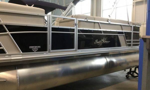 New Sunchaser GENEVA 20 CRS Pontoon Boat For Sale