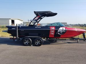 Used Sanger 237LTZ Ski and Wakeboard Boat For Sale