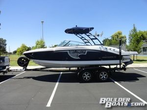 New Chaparral 21 SURF Ski and Wakeboard Boat For Sale