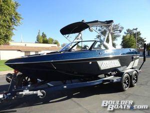 New Malibu Waskesetter 20 VTX Ski and Wakeboard Boat For Sale