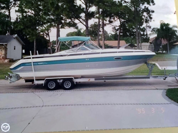 Used Chaparral 2750 SX Cruiser Boat For Sale