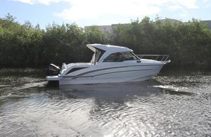 New Beneteau America Antares 23 Express Cruiser Boat For Sale