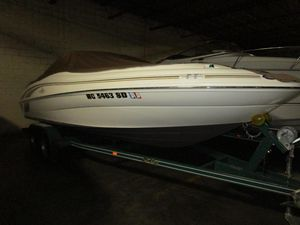 Used Sea Ray 210 Sundeck Power Cruiser Boat For Sale