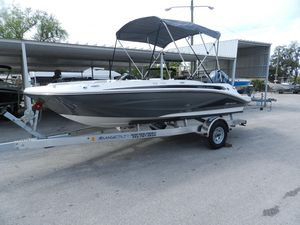 New Hurricane 185 Deck Boat For Sale
