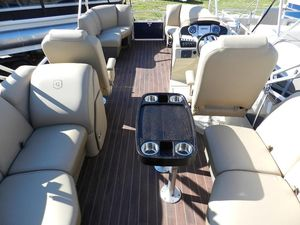 New Sweetwater 215 Pontoon Boat For Sale