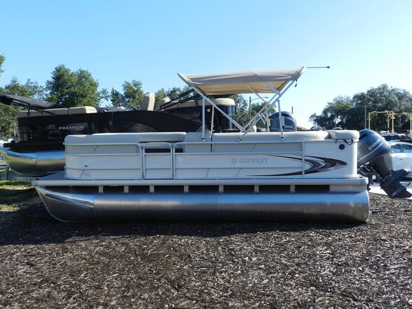 New Sweetwater 200 Pontoon Boat For Sale