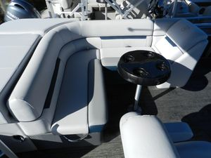 New Sweetwater 2186 Pontoon Boat For Sale