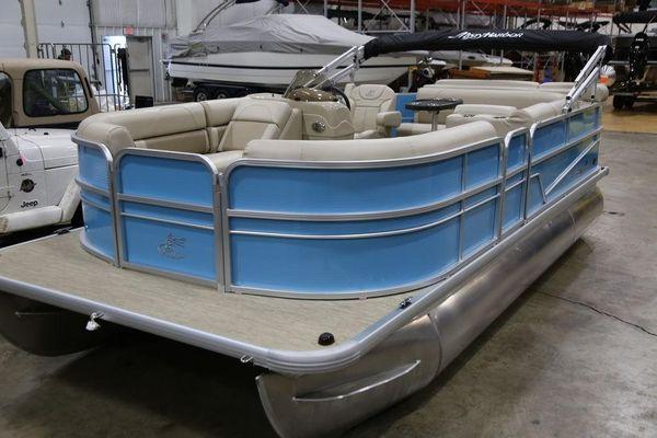 Used Misty Harbor Adventure 1885CR Pontoon Boat For Sale