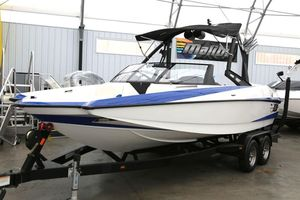Used Axis A22 Cruiser Boat For Sale
