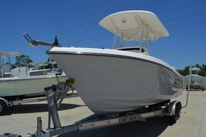 New Century Center Consoles 2200 CC Center Console Fishing Boat For Sale