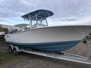 New Sportsman 251 Heritage Center Console Fishing Boat For Sale