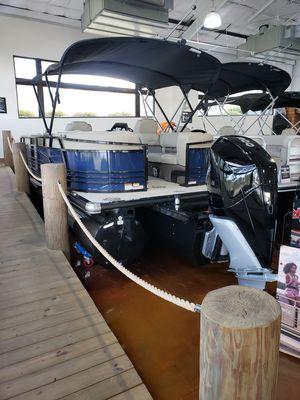 New Regency 250 LE3 w/300L Verado Pontoon Boat For Sale
