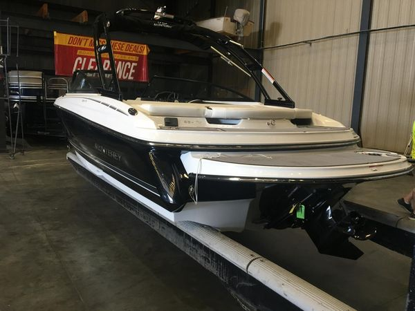 New Monterey 224 FS Ski and Wakeboard Boat For Sale