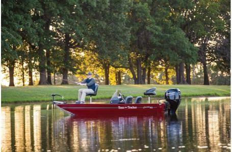 New Tracker Bass Tracker Classic XL w/50 ELPT 4S Bass Boat For Sale