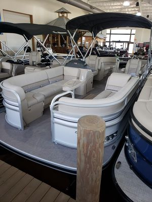 New Ranger RP243C w/150L 4S Pontoon Boat For Sale