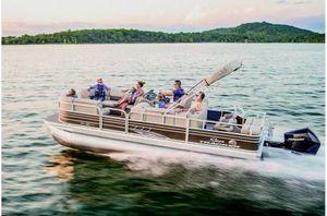 New Sun Tracker Signature Sport Fish 22XP3 w/150L 4S Pontoon Boat For Sale