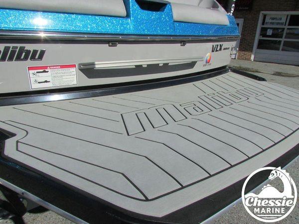 Used Malibu 22 VLX Ski and Wakeboard Boat For Sale