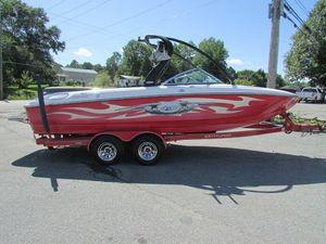 Used Ski Centurion Enzo SV 216 Bowrider Boat For Sale
