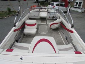 Used Maxum 2400 SC Runabout Boat For Sale