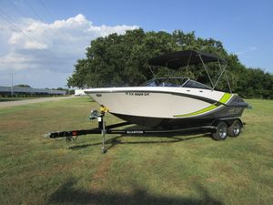 Used Glastron GTS205 Bowrider Boat For Sale