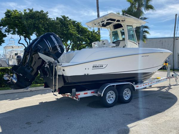 Used Boston Whaler Outrage 280 Center Console Fishing Boat For Sale