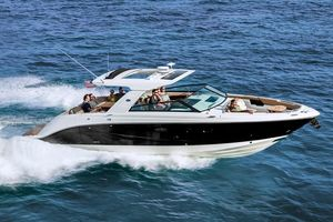 New Sea Ray SLX 400 Power Cruiser Boat For Sale