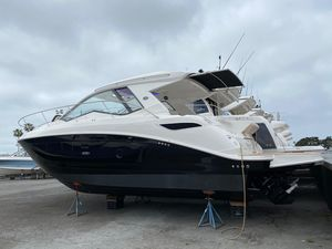 New Sea Ray Sundancer 350 Power Cruiser Boat For Sale