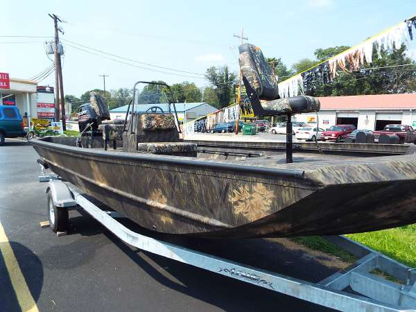 New Lowe Roughneck RX 2070 CC Bass Boat For Sale