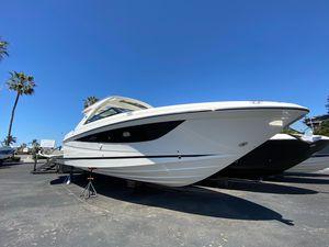 New Sea Ray SLX 400 Power Cruiser Boat For Sale