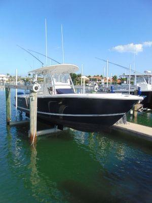 Used Regulator 28 FS Saltwater Fishing Boat For Sale