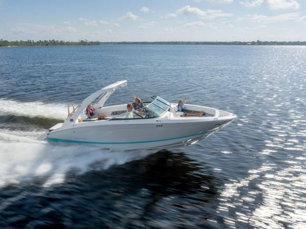 New Regal LS6 Bowrider Boat For Sale