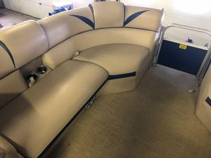 Used Berkshire 23CL STS Pontoon Boat For Sale