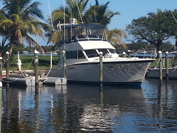 Used Hatteras 42 Convertible Express Cruiser Boat For Sale