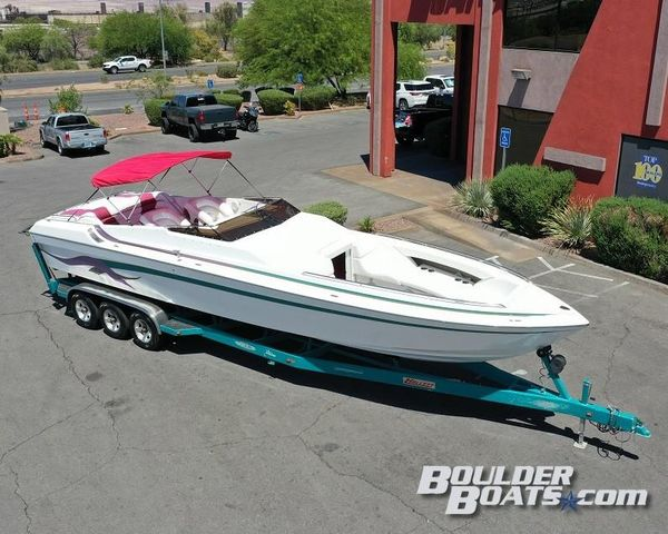 Used Hallett 340 Mid-Cabin Open Bow High Performance Boat For Sale