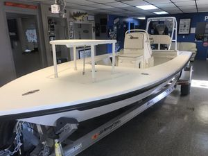New Maverick 18 Mirage HPX-V Flats Fishing Boat For Sale