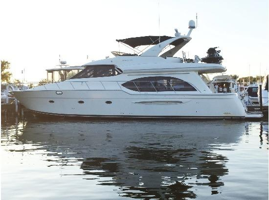 Used Meridian 580 Pilothouse Motor Yacht For Sale