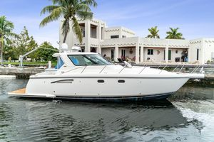 Used Tiara Yachts 3500 Cruiser Boat For Sale