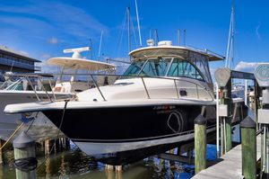 Used Pursuit 285 Offshore Express Cruiser Boat For Sale