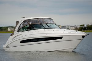 Used Cruisers Yachts 380 Express Power Cruiser Boat For Sale