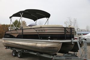 Used Misty Harbor SG 2385 Pontoon Boat For Sale