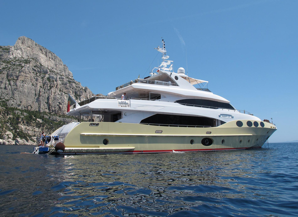 New Majesty Yachts 125 Mega Yacht For Sale
