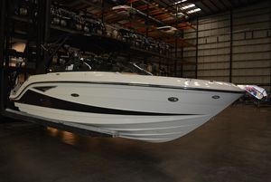 New Sea Ray 250 SLX Ski and Wakeboard Boat For Sale
