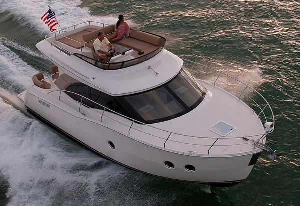 New Carver C34 Motor Yacht For Sale