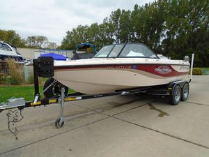 Used Nautique 210 Super Sport Limited Express Cruiser Boat For Sale