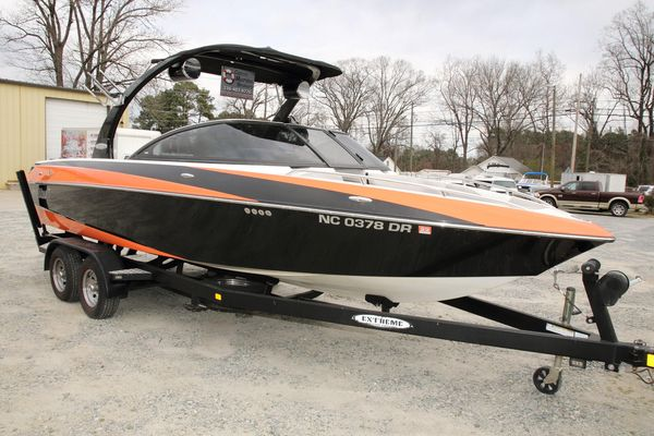 Used Malibu Wakesetter 23 LSV High Performance Boat For Sale