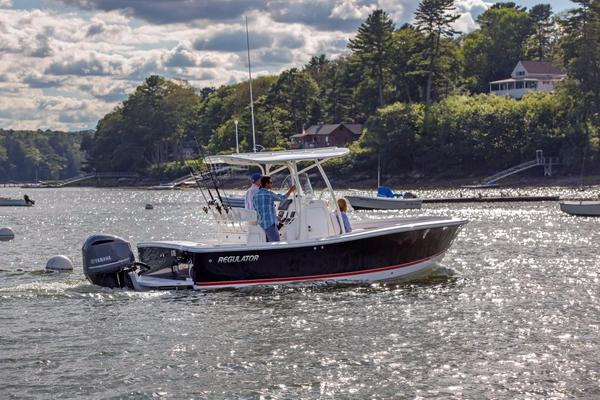 New Regulator 23 Saltwater Fishing Boat For Sale
