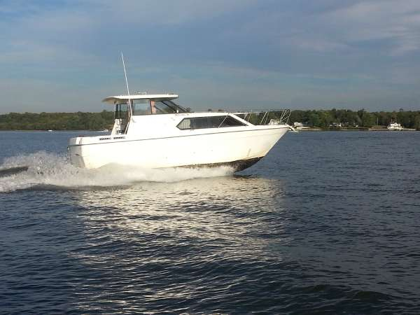 Used Bayliner 2859 Classic Aft Cabin Boat For Sale